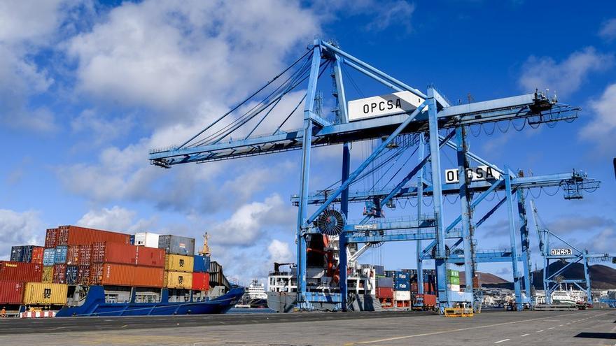 Acuerdo estratégico en el puerto: la Autoridad Portuaria y Opcsa prorrogan la concesión hasta 2051