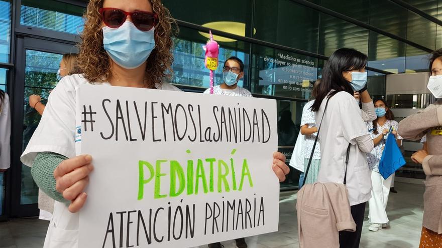 Los médicos exigen la dimisión del ministro Illa por negarse a negociar