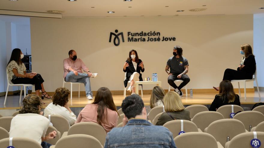 Antonio Pampliega, Lola Fernández-Ochoa y Alejandro Gómez 'Tuco' visitan mañana A Coruña para participar en el Congreso Lo que de Verdad Importa