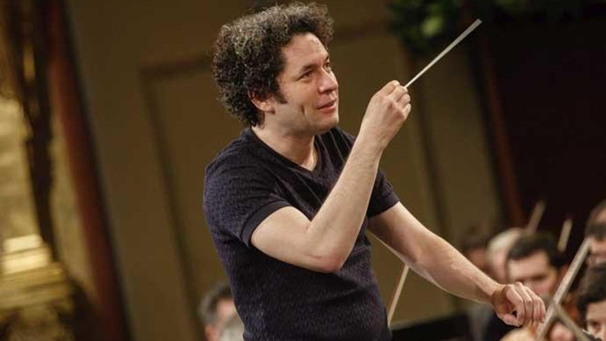 """Gustavo Dudamel: """"El poder de la música rompe fronteras"""""""