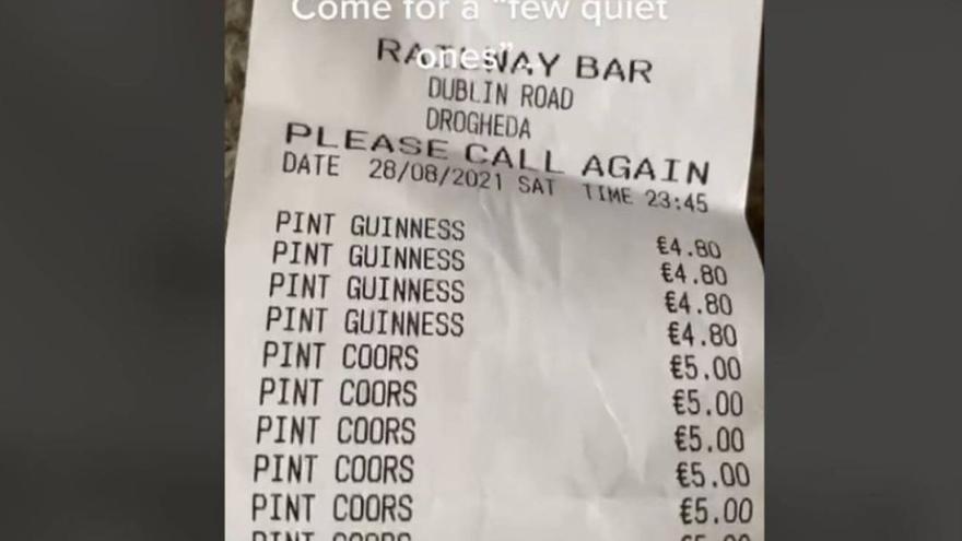Unas cervezas de 'tranquis' acaban en una cuenta de locura tras 11 horas bebiendo