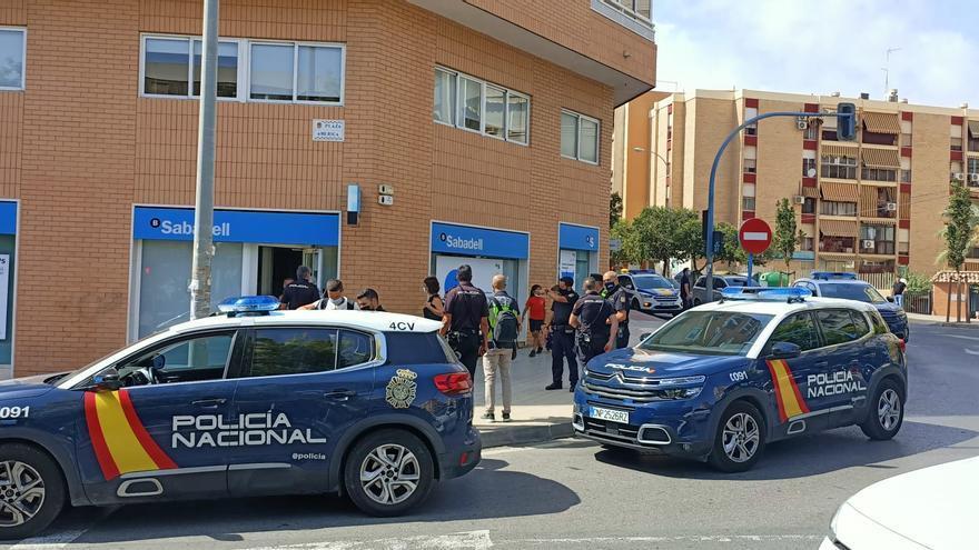 Un detenido en el atraco a una sucursal bancaria en Alicante