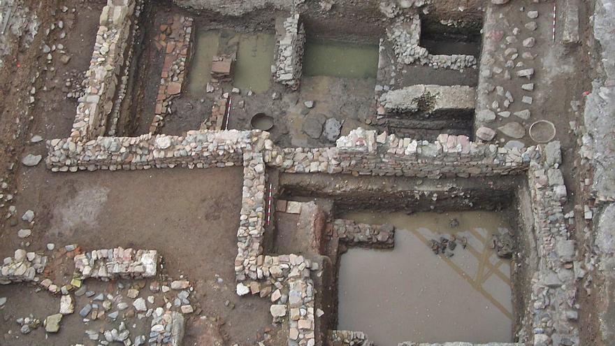 Urbanismo ejecuta obras para proteger del agua los restos romanos del Thyssen