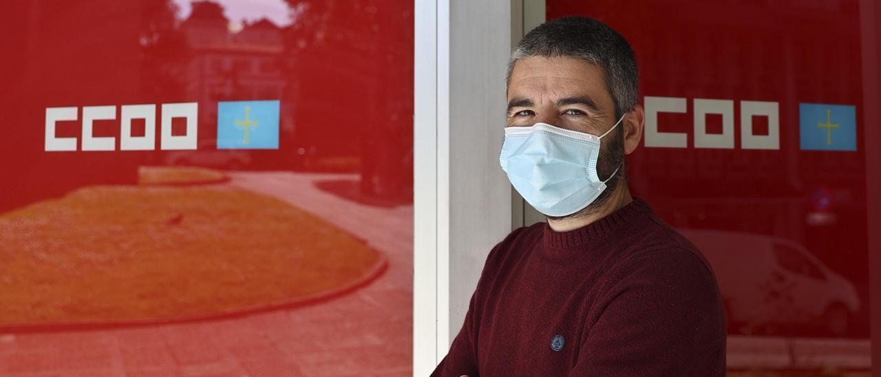 Borja Llorente, ayer en la sede de CC OO en Oviedo