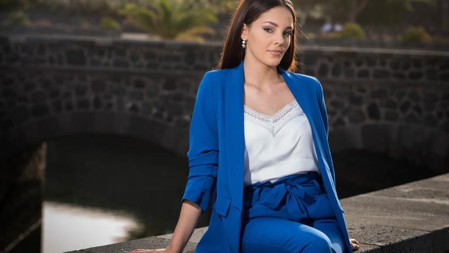 Impulsiva y responsable, así es  la joven tinerfeña que aspira a ser Miss Universe Spain