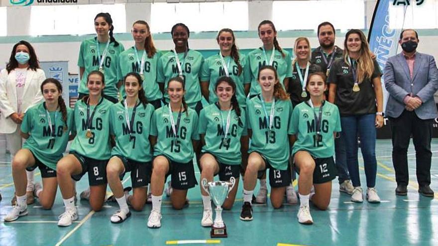 Málaga gana el Campeonato de Andalucía cadete femenino