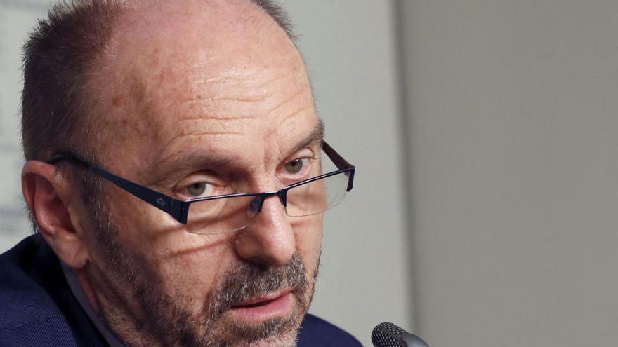 La obra del corredor del Navia es imposible tal y como la planteó el anterior Gobierno, afirma Cofiño