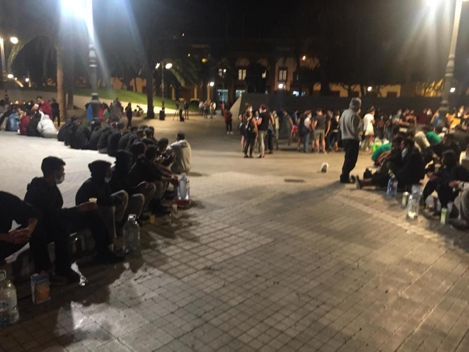 El Estado libera a 227 migrantes en Arguineguín