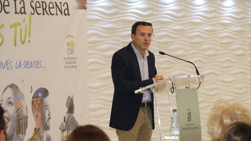 Gallardo espera que la unión entre Don Benito y Villanueva sea una realidad en 2027