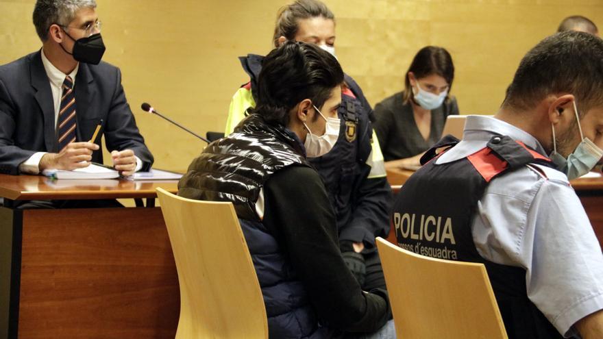 L'acusat de matar l'anciana de Sant Jordi Desvalls admet que va robar a casa de la víctima, però nega que l'agredís