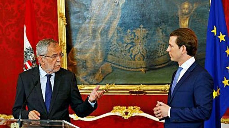 La incertidumbre se instala en Austria tras saltar por los aires el Gobierno de Kurz
