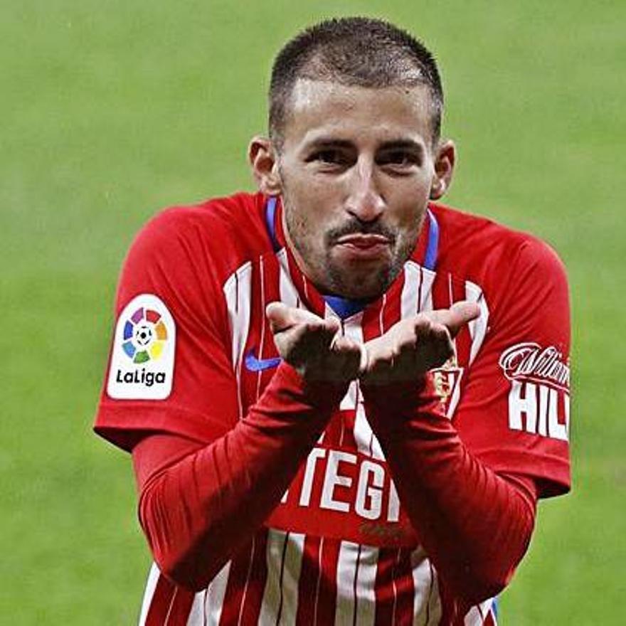 Aitor celebra su gol.
