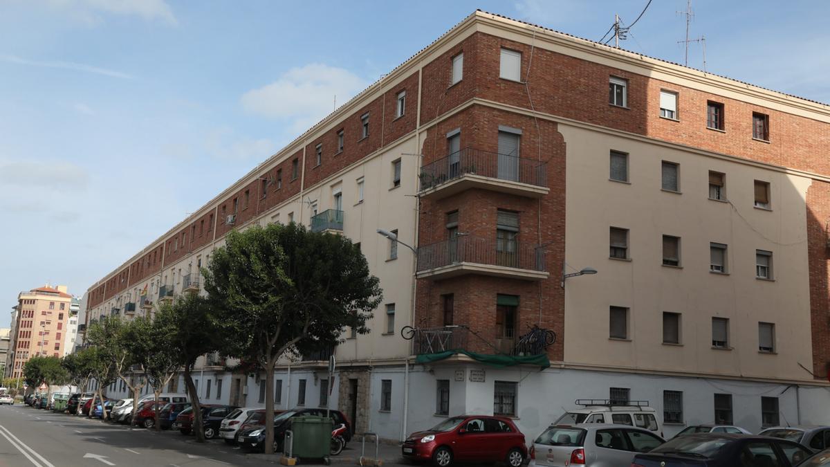 Imagen de viviendas de la calle Huesca de Castelló.