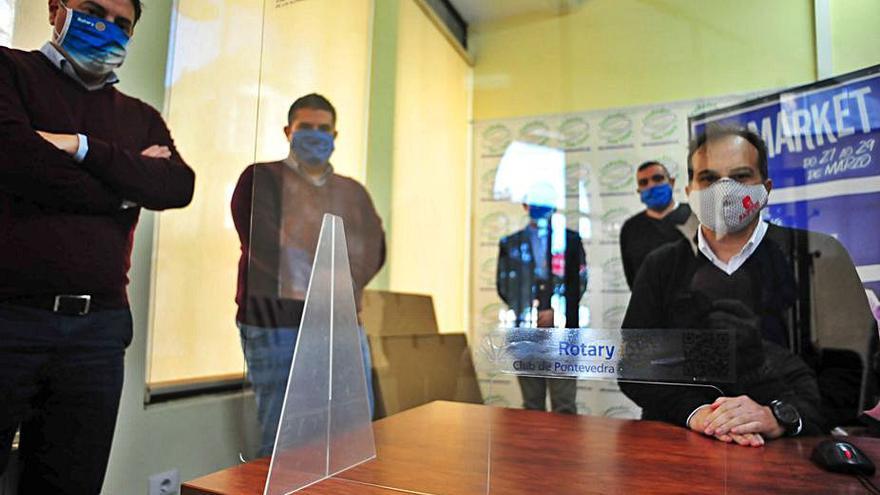 El Covid desangra a los concellos: Cambados ya invirtió 200.000 euros para atajarlo