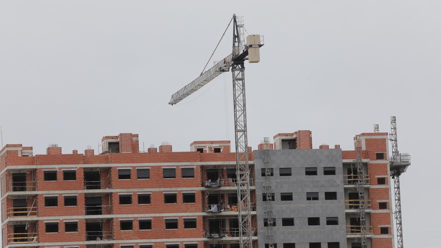La compraventa de vivienda cae un 21,6% en lo que va de año en Alicante por el impacto del covid