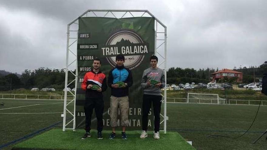Santalla acaba tercero en la Trail Galaica de A Baña