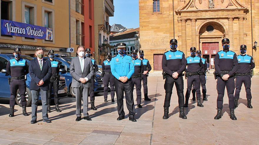 """Canteli encomienda a los trece nuevos mandos de la Policía Local velar """"porque la gente lleve puesta la mascarilla"""""""