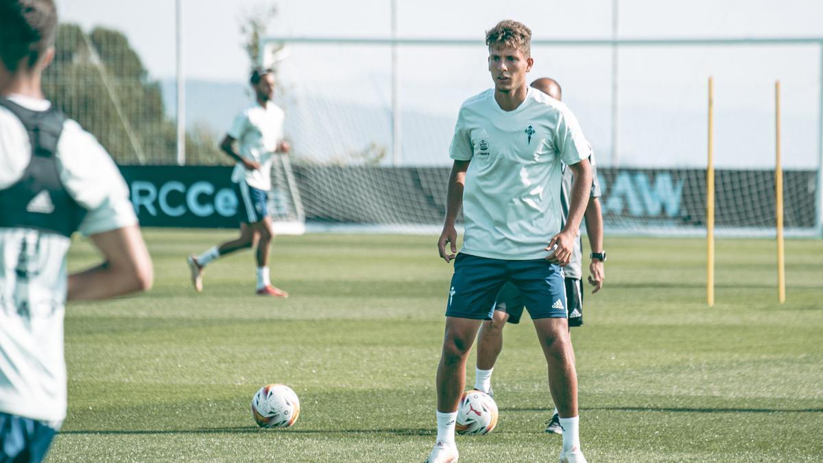 José Fontán, durante el entrenamiento del pasado lunes en la ciudad deportiva.