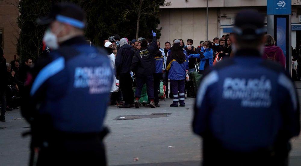 MADRID. 17.03.2020. CORONAVIRUS. Samur Social acoge a personas sin techo. FOTO: JOSE LUIS ROCA