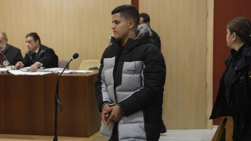 """Uno de los implicados en el """"caso Germán"""" vuelve a prisión por agredir a un menor"""