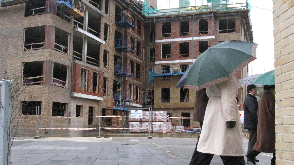 Edificio en construcción en Siero, en una imagen de archivo.