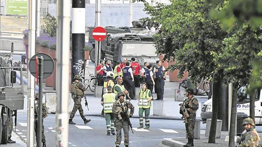 Militares belgas logran evitar un atentado en el centro de Bruselas