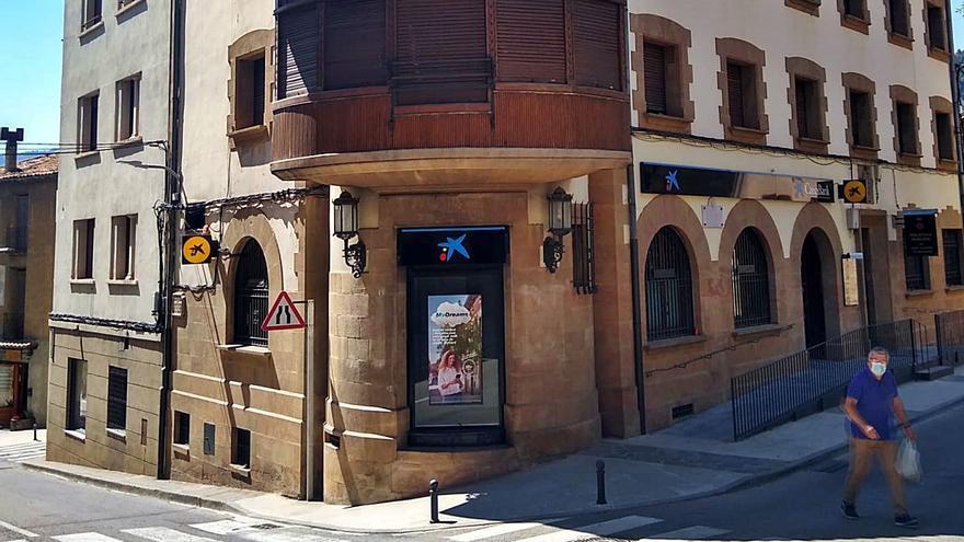 Sant Llorenç de Morunys demana al seu únic banc que no tanqui per vacances