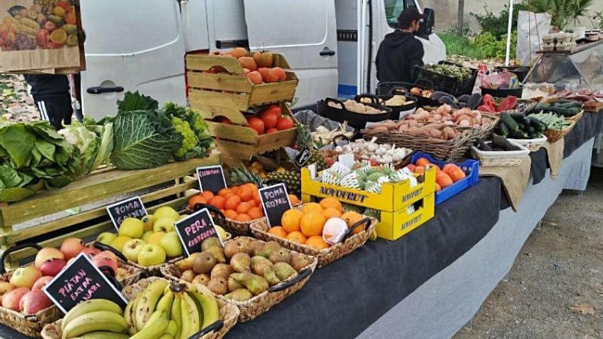 L'Ajuntament de Piera aprova un nou reglament per al mercat ambulant