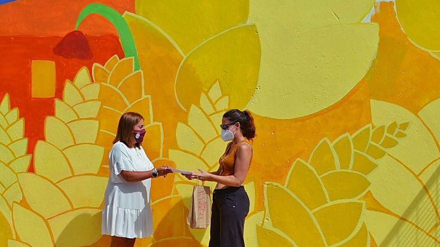 El barrio de Benavente de Federico Silva ya luce la nueva obra de arte al aire libre
