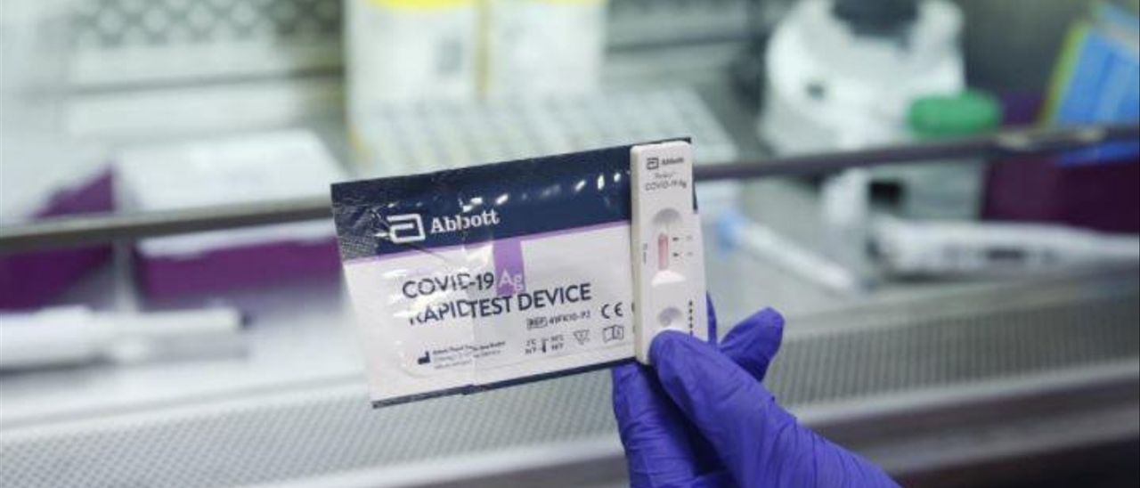 Los hospitales prueban los nuevos test para diagnosticar la covid en 15 minutos
