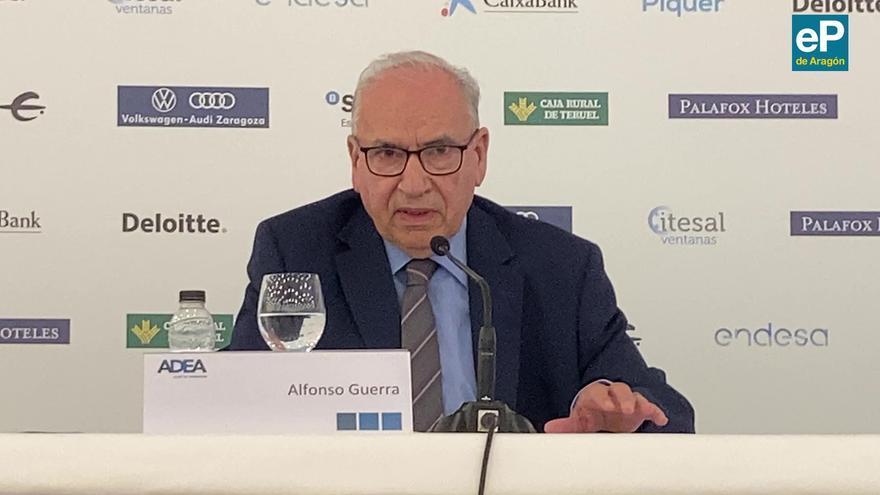 Conferencia de Alfonso Guerra en Zaragoza