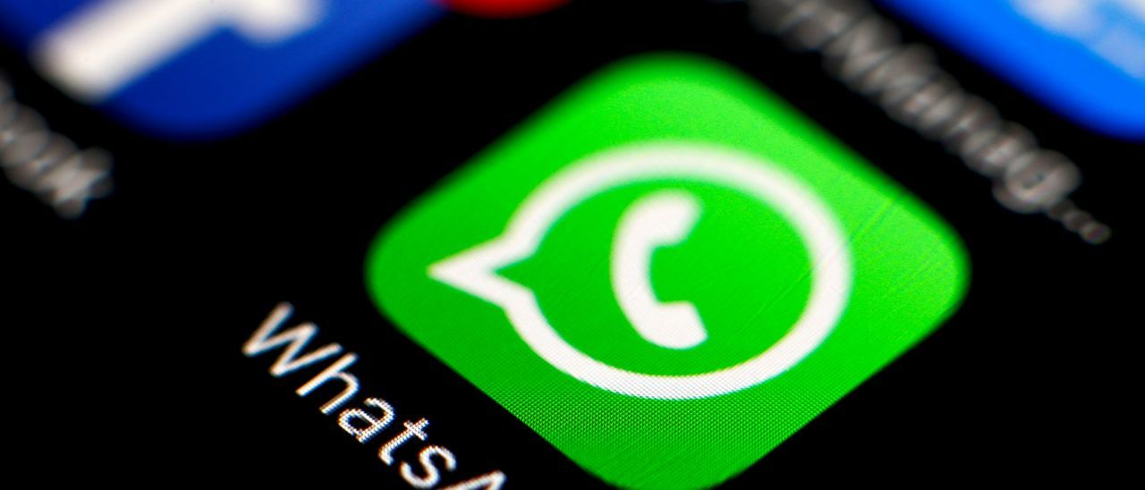 Cómo denunciar mensajes concretos de una conversación de WhatsApp