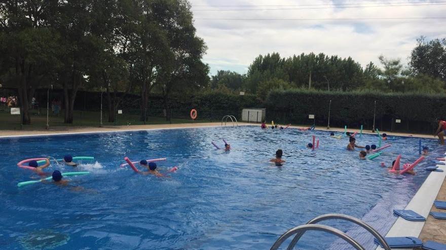 El plazo para apuntarse a los cursos de natación se abrirá el 8 de junio en Coria