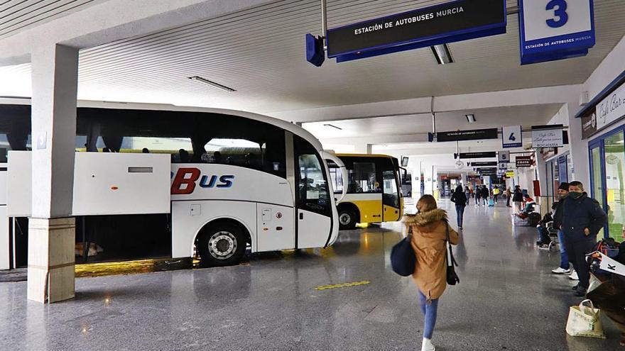 Casi dos millones en ayudas para las concesionarias de transporte público