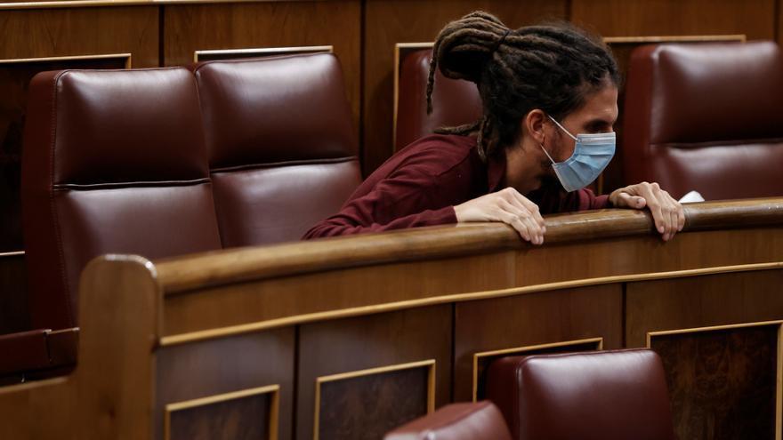 Podemos no tiene prisa por sustituir a Alberto Rodríguez y hace sufrir al PSOE