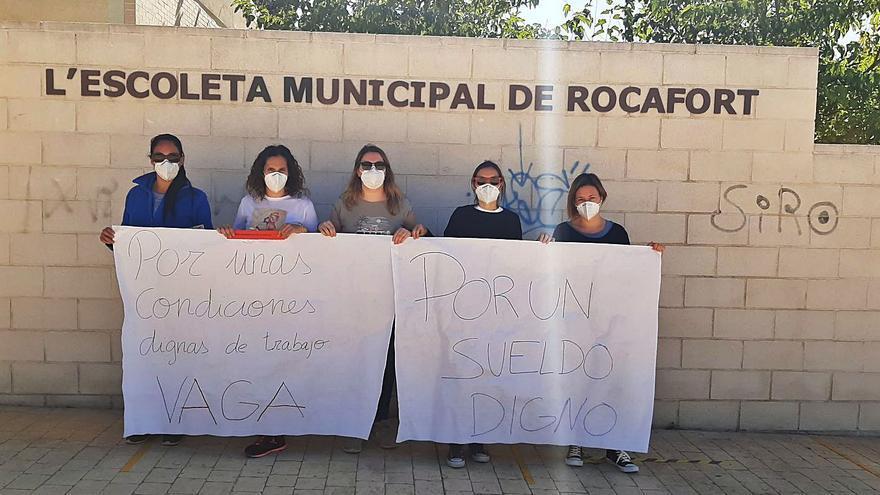 Una huelga en la 'escoleta' de Rocafort obliga a cerrar dos aulas y enviar a 26 niños a casa