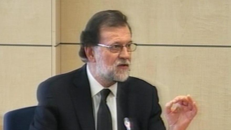 Rajoy volverá a sentarse en el banquillo por la caja b del PP