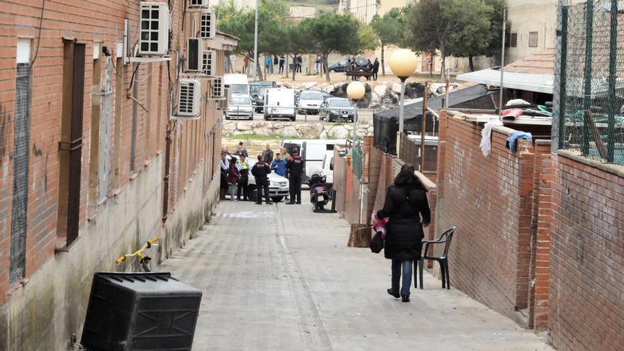 Tallen la llum a connexions il·legals al sector oest de Figueres