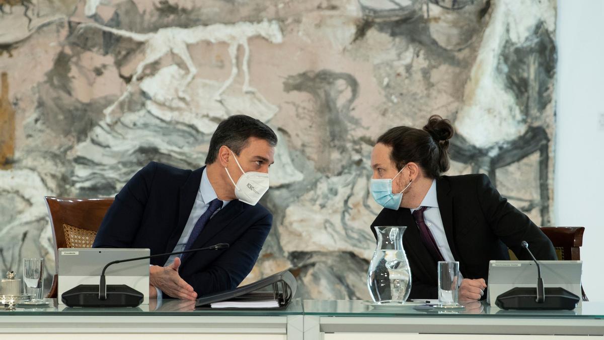 Pedro Sánchez y Pablo Iglesias, durante un Consejo de Ministros