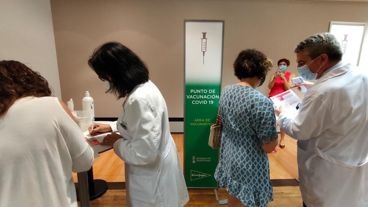 La gran empresa empieza  hoy a vacunar a sus plantillas