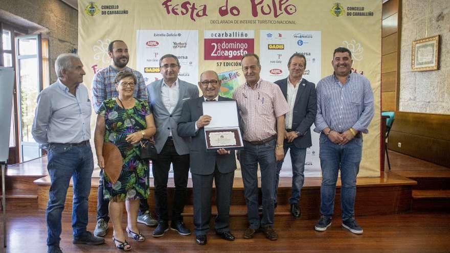 O Carballiño rinde homenaje a Marnotes por su contribución a la Festa do Pulpo
