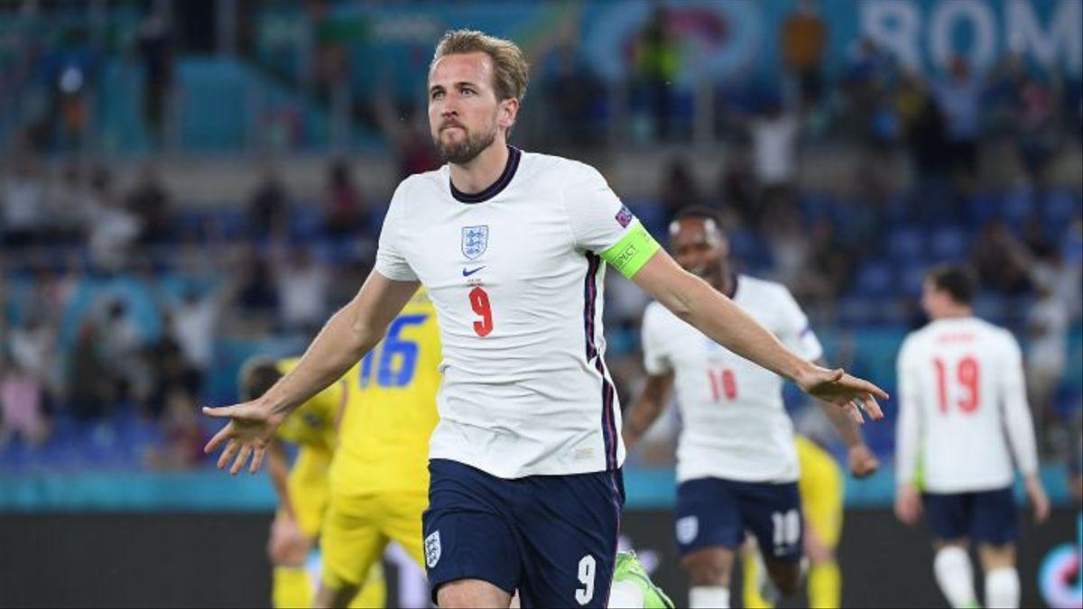 Harry Kane celebra uno de sus goles ante Ucrania