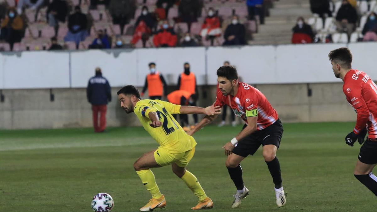 Carlos Ramos durante el Zamora - Villarreal.