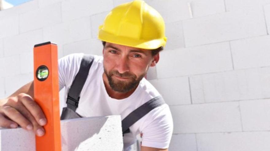 La construcción genera puestos de trabajo en Ibiza