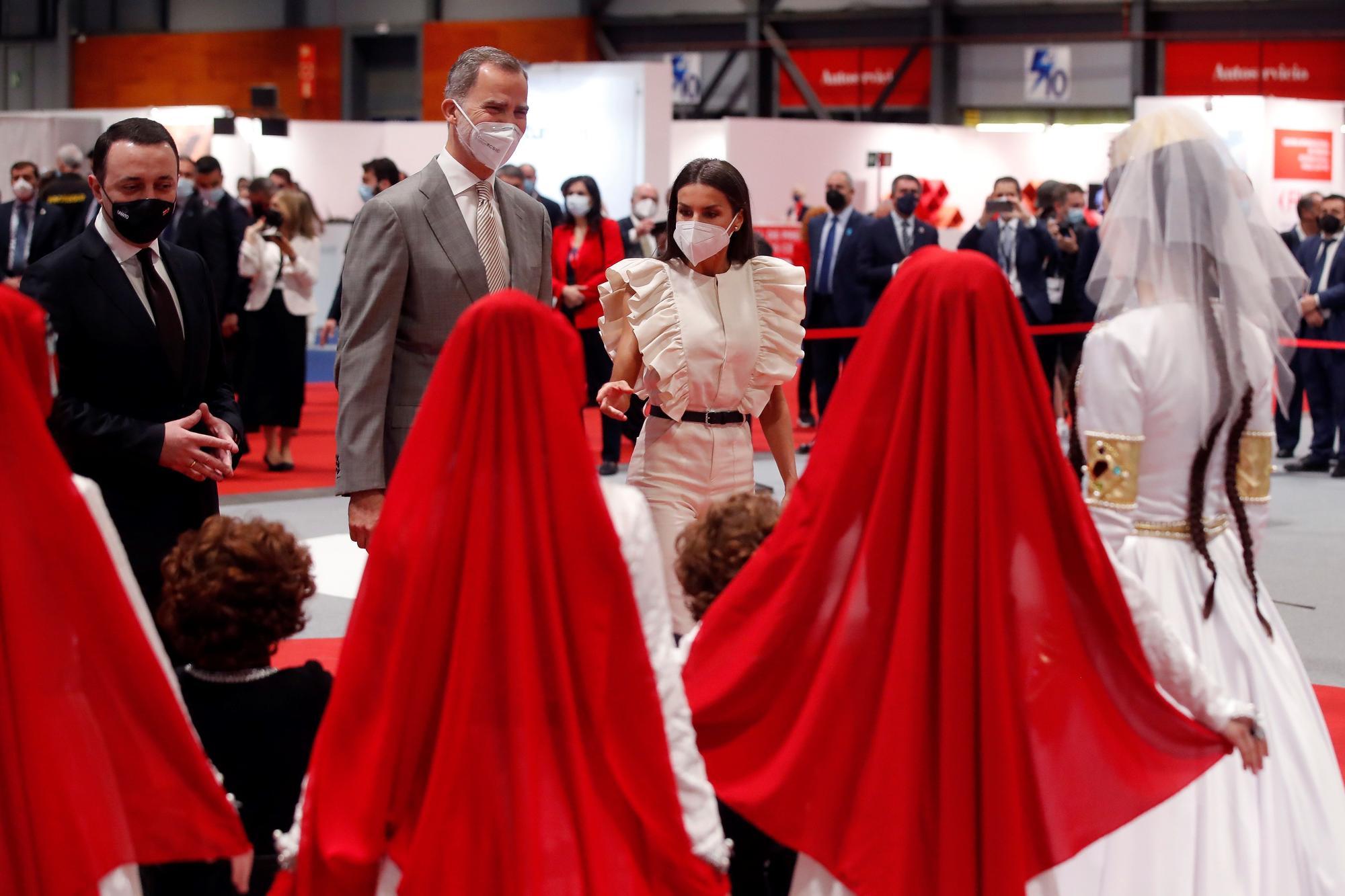 Los Reyes presiden la inauguración de Fitur