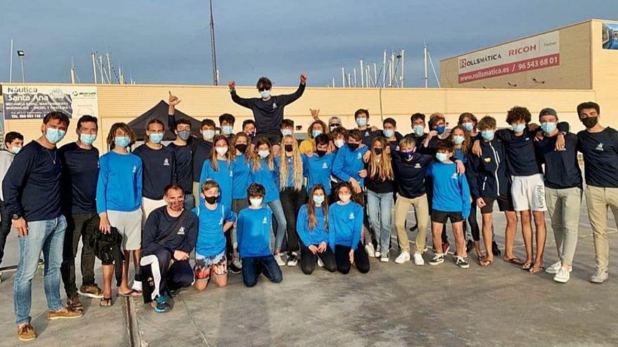 Cinco medallas para Formentera  en el Nacional de Techno e IQFoil