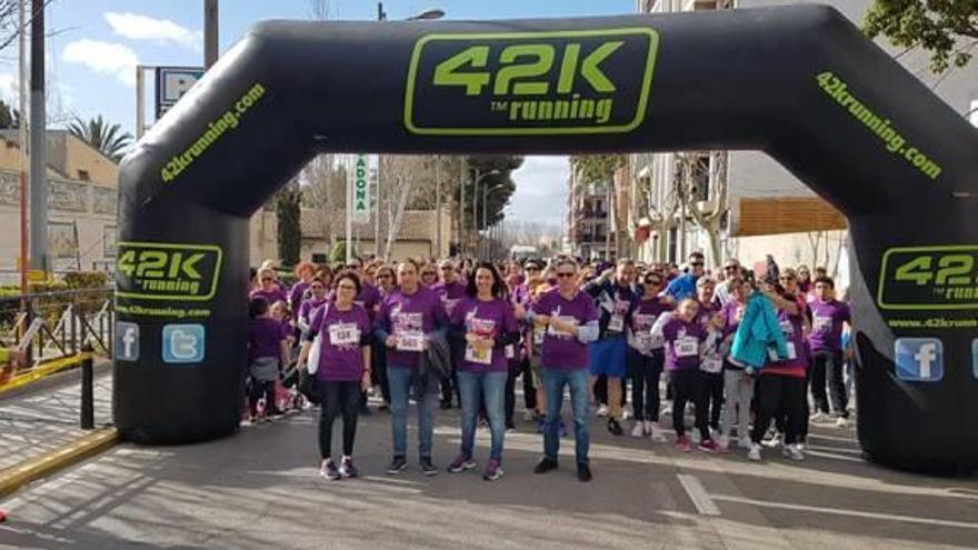 La marcha recauda en Manises fondos para «Nosotras deportistas»