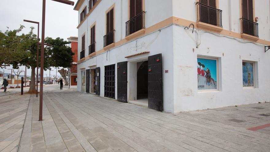 Arrestada una mujer acusada de clavar unas tijeras a su expareja en Ibiza