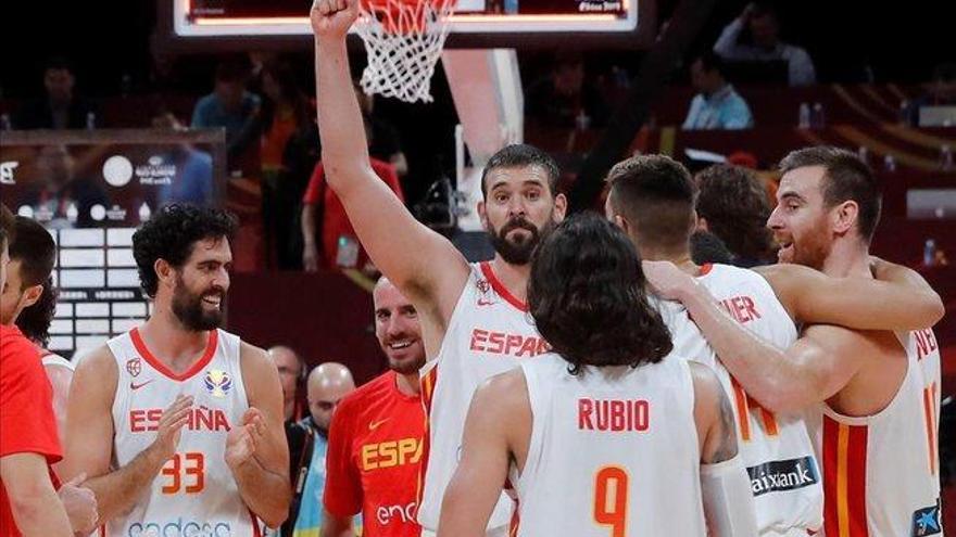 España sueña con agrandar su leyenda ante la indomable Argentina