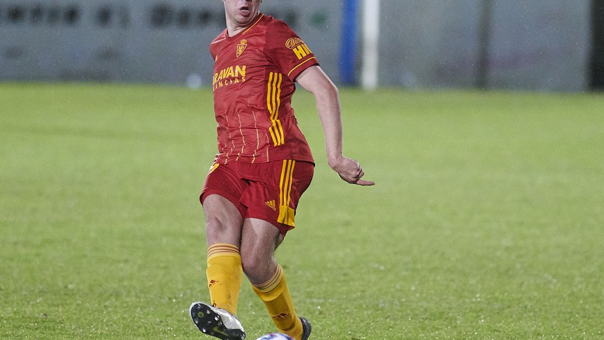 Javi Hernández, durante el partido de Copa disputado en Torrelavega ante la Gimnástica.